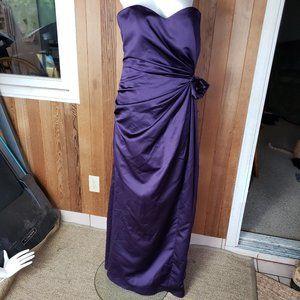 Impression Eggplant Sleeveless Formal Dress